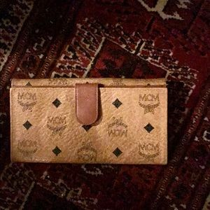 MCM Wallet and Inserts